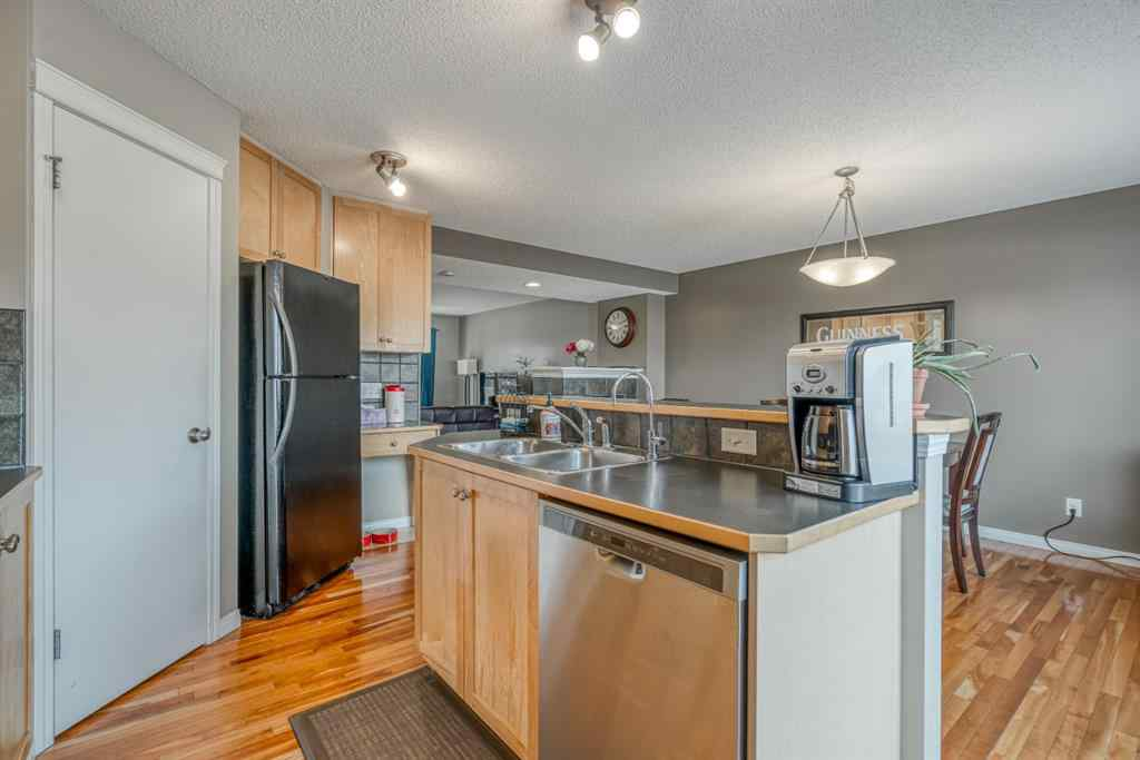 MLS® # A1039116 - 267 Prestwick Heights SE in McKenzie Towne Calgary, Residential Open Houses