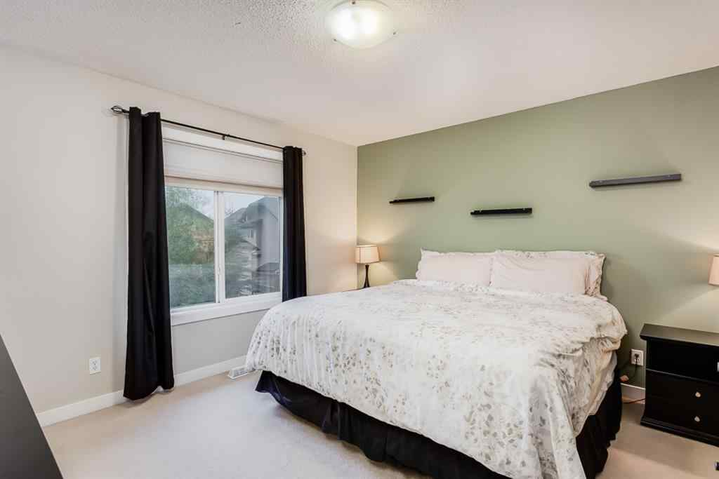 MLS® # A1039361 - 87 Kingsland  Heights SE in Kings Heights Airdrie, Residential Open Houses