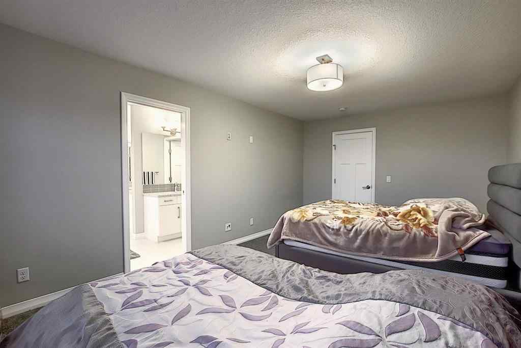 MLS® # A1039425 - 238 Kingfisher Crescent SE in Kings Heights Airdrie, Residential Open Houses