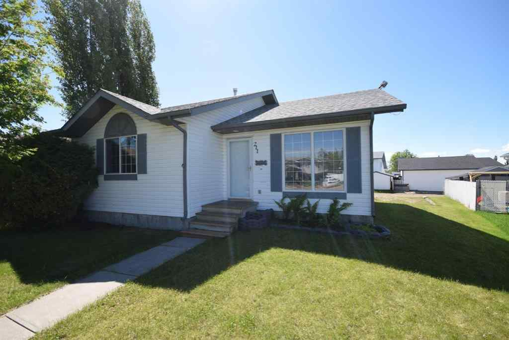 MLS® # A1039460 - 211 Westview Close  in NONE Bowden, Residential Open Houses