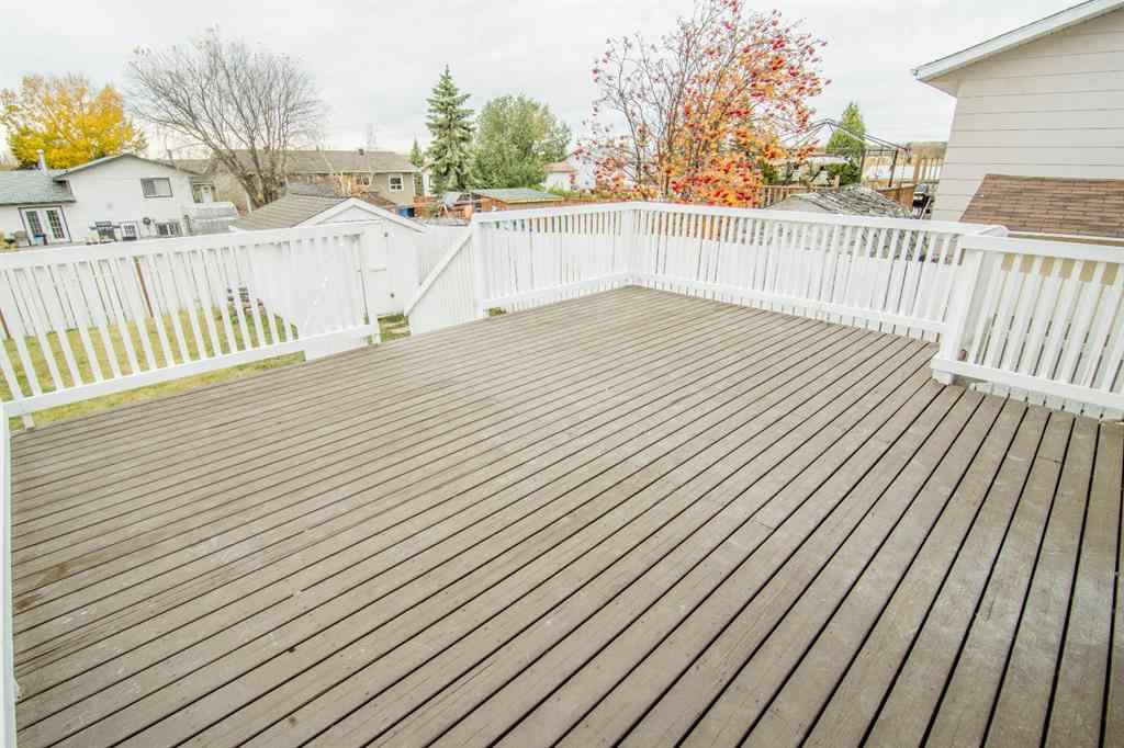 MLS® #A1040445 - 1113 4 Avenue  in NONE Beaverlodge, Residential Open Houses