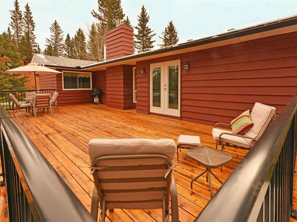 MLS® # A1041332 - 2 Wolf Court  in Redwood Bragg Creek, Residential Open Houses