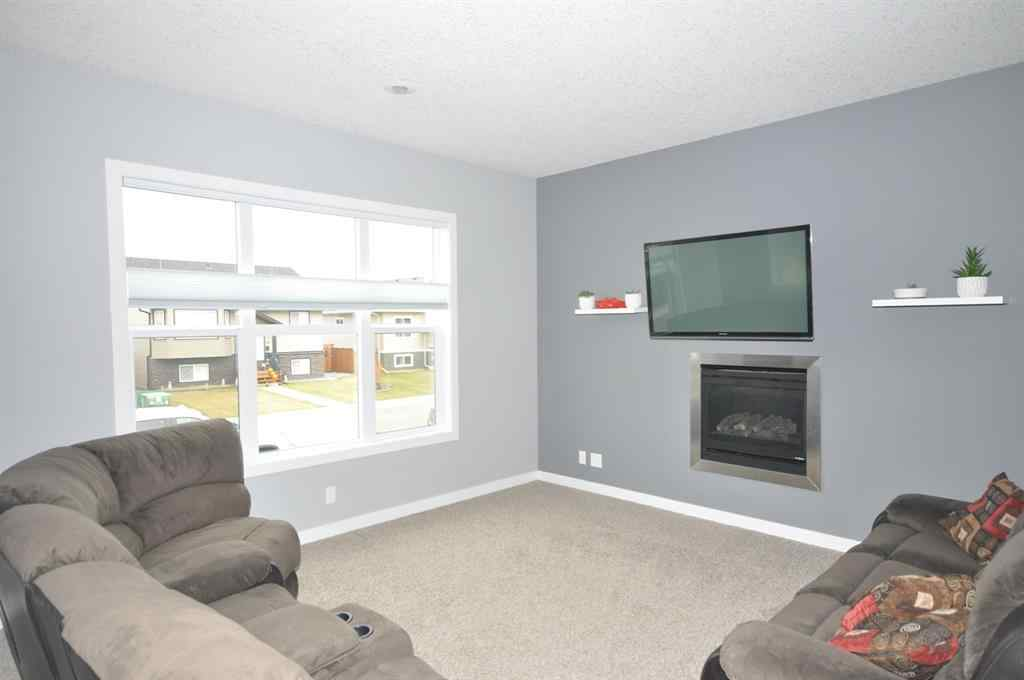 MLS® # A1042755 - 49 Aztec Crescent  in Aurora Blackfalds, Residential Open Houses