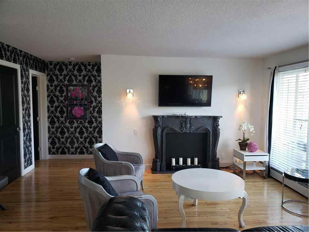 MLS® # A1043028 - Unit #303 534 22 Avenue SW in Cliff Bungalow Calgary, Residential Open Houses