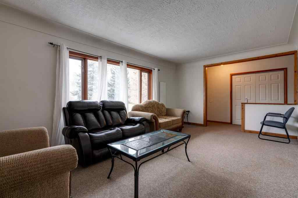 MLS® #A1043187 - 2423 21 Street NW in Banff Trail Calgary, Residential Open Houses