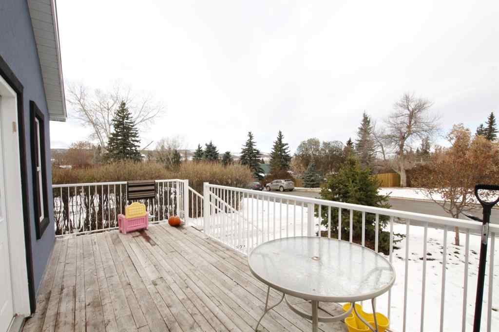 MLS® # A1045374 - 313 1 Avenue SW in NONE Black Diamond, Residential Open Houses