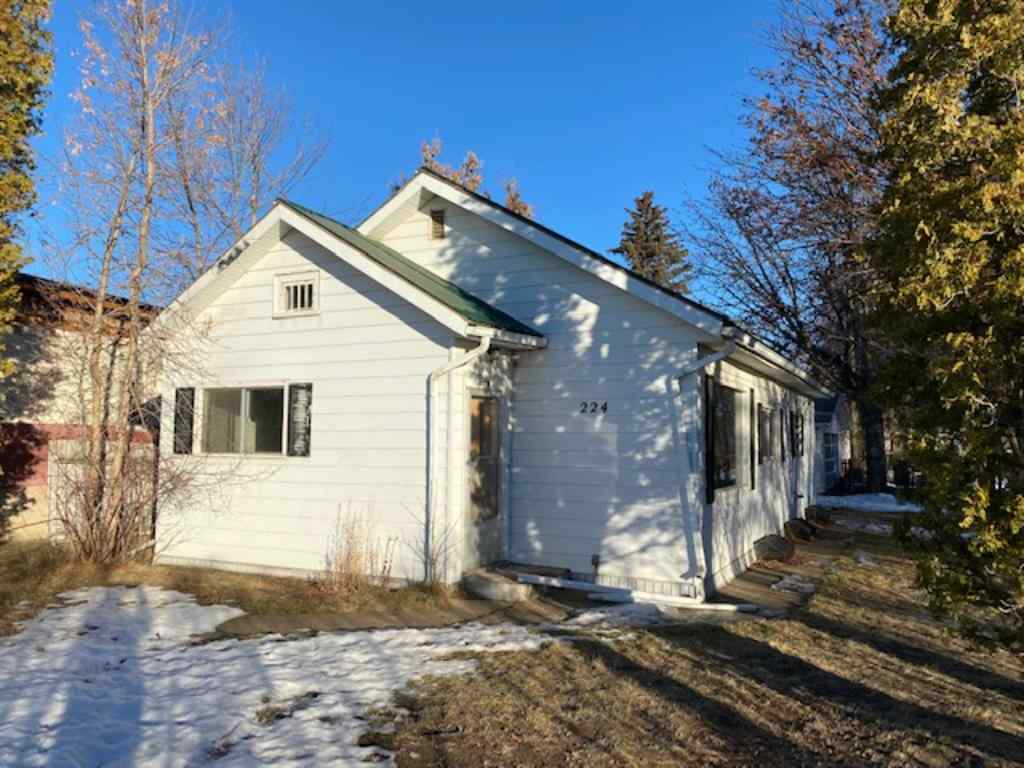MLS® # A1045959 - 224 1 Avenue E in Downtown Brooks, Residential Open Houses