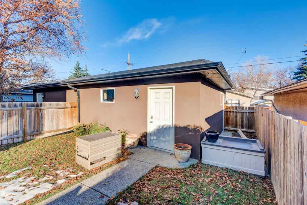 MLS® # A1046430 - 532 27 Avenue NW in Mount Pleasant Calgary, Residential Open Houses