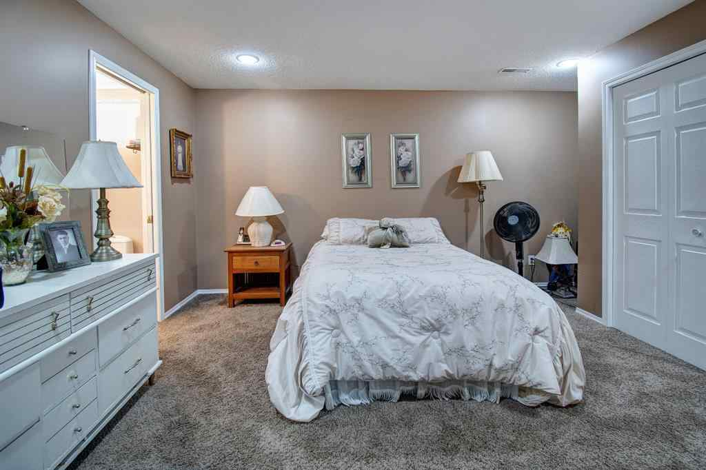 MLS® #A1047158 - Unit #61 12 Woodside Rise NW in Woodside Airdrie, Residential Open Houses