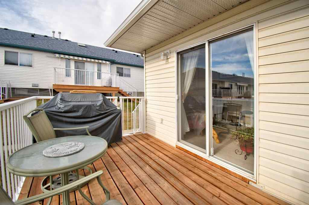 MLS® # A1047158 - Unit #61 12 Woodside Rise NW in Woodside Airdrie, Residential Open Houses