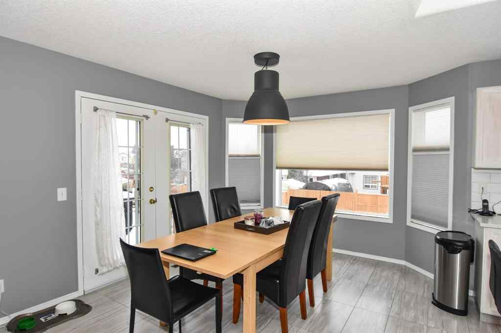 MLS® # A1047248 - 1420 Meadowbrook Drive SE in Meadowbrook Airdrie, Residential Open Houses