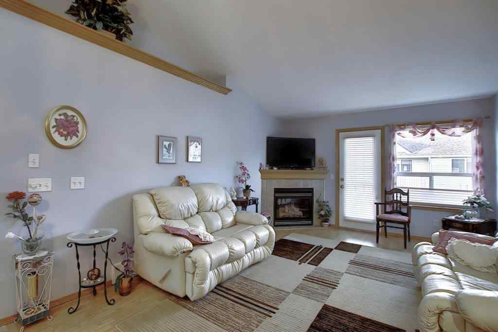MLS® #A1048016 - Unit #33 1008 Woodside Way NW in Woodside Airdrie, Residential Open Houses
