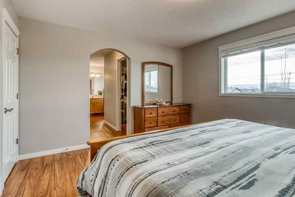 MLS® # A1048124 - 176 Creek Gardens Close NW in Silver Creek Airdrie, Residential Open Houses