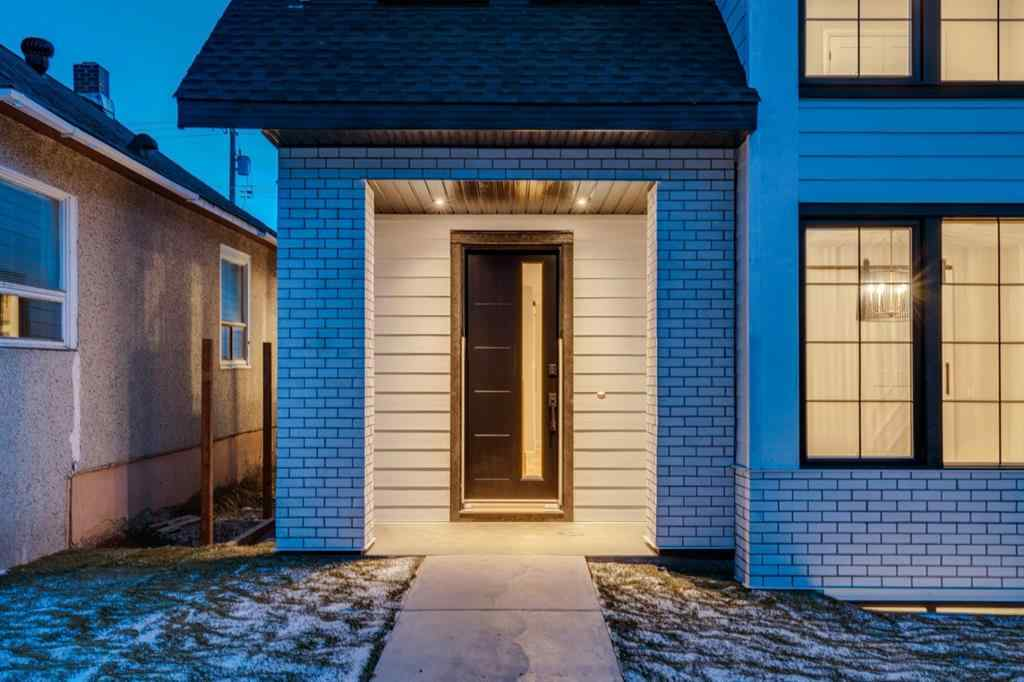 MLS® # A1048871 - 1835 Bowness Road NW in Hillhurst Calgary, Residential Open Houses