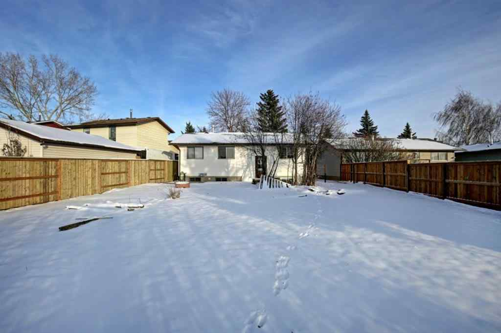 MLS® #A1049034 - 132 Summerfield Close SW in Summerhill Airdrie, Residential Open Houses