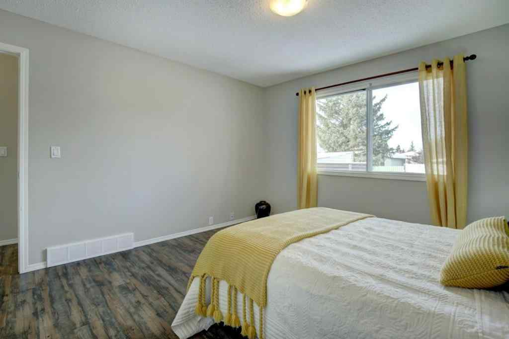 MLS® # A1049036 - 66 Elk Hill SE in Edgewater Airdrie, Residential Open Houses