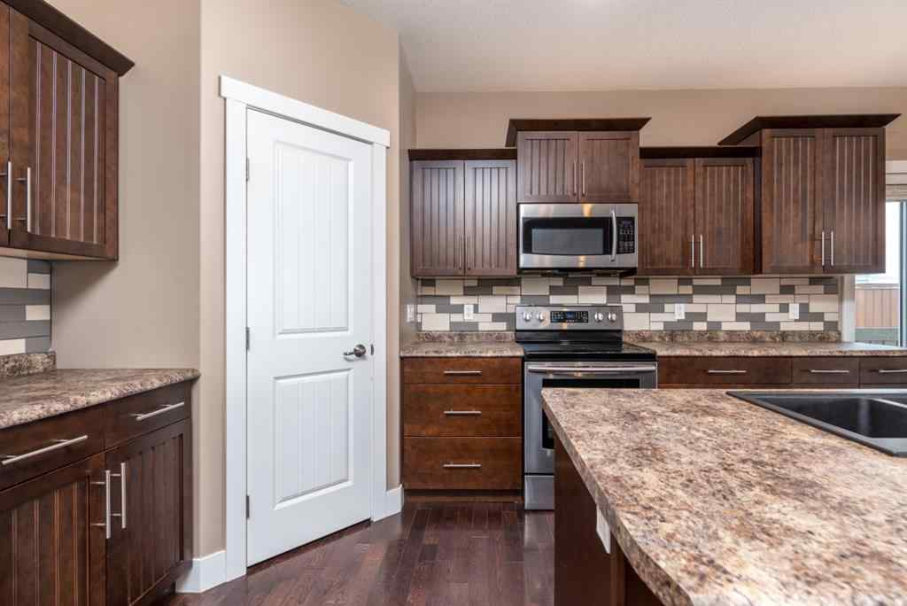 MLS® # A1049411 - 5404 52 Avenue  in Blackfoot Blackfoot, Residential Open Houses