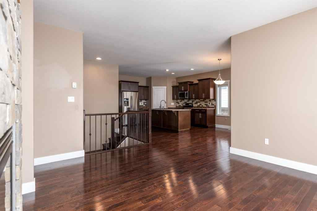 MLS® #A1049411 - 5404 52 Avenue  in Blackfoot Blackfoot, Residential Open Houses