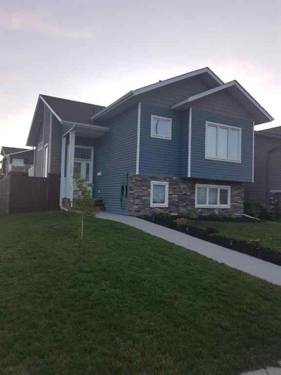 MLS® #A1049752 - 100 Pioneer Way  in Cottonwood Estates Blackfalds, Residential Open Houses
