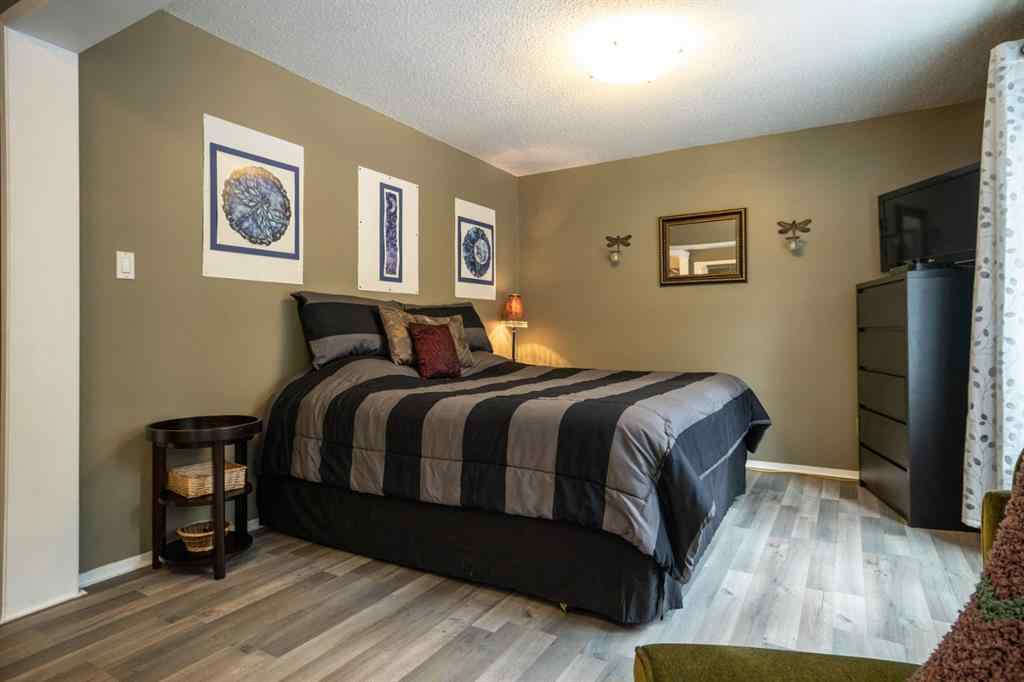 MLS® #A1050326 - 31 Echlin Drive  in NONE Bragg Creek, Residential Open Houses