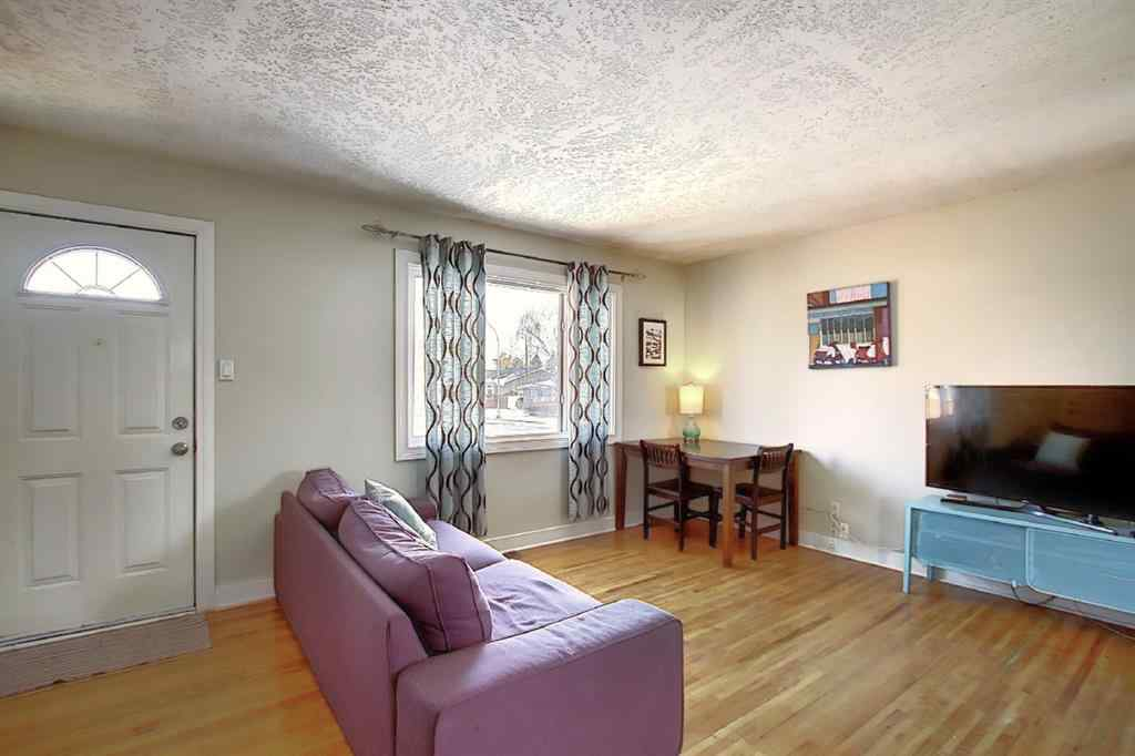 MLS® # A1050576 - 8144 Bowglen Crescent NW in Bowness Calgary, Residential Open Houses