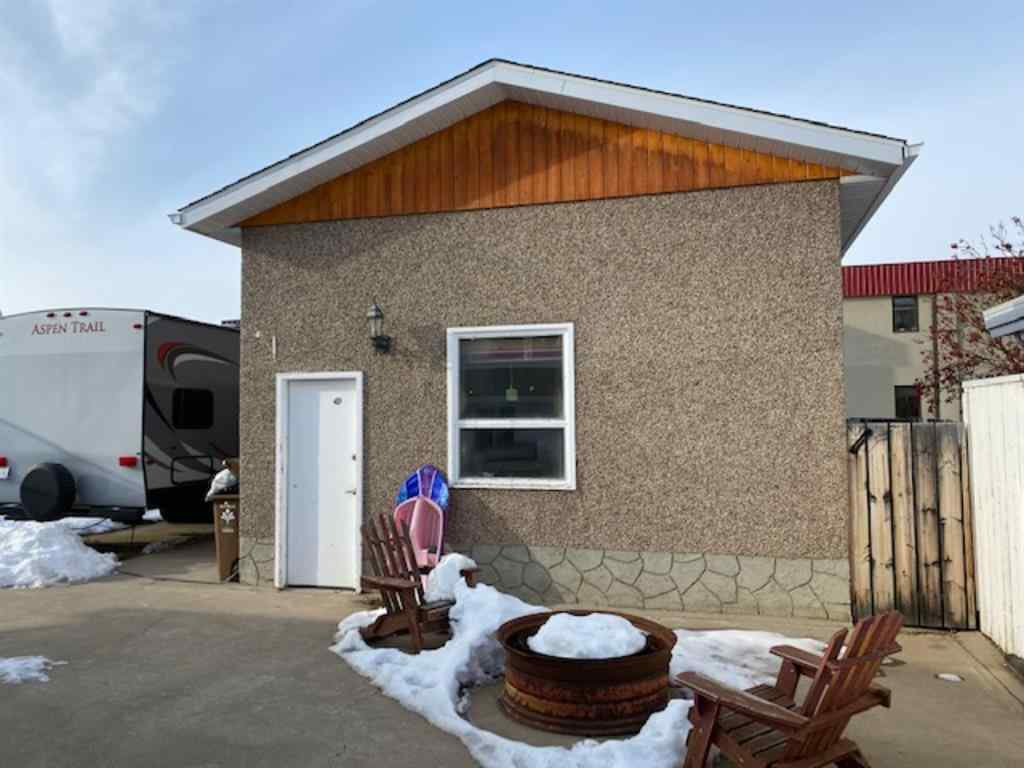 MLS® # A1051029 - 6006 49 Street  in NONE Taber, Residential Open Houses