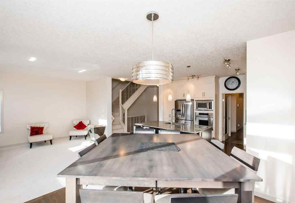 MLS® # A1052088 - 17 Cougar Ridge Close SW in Cougar Ridge Calgary, Residential Open Houses