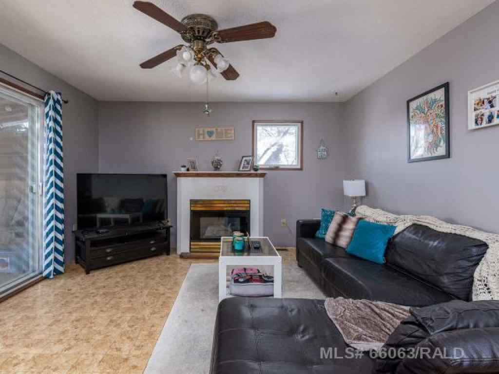 MLS® #A1052883 - 5113 51ST AVENUE   in NONE Blackfoot, Residential Open Houses