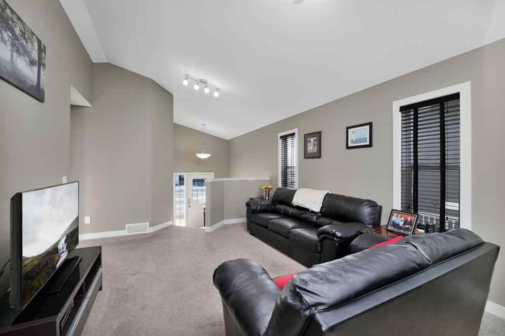 MLS® #A1054281 - 13 Portway Close  in Pinnacle Blackfalds, Residential Open Houses