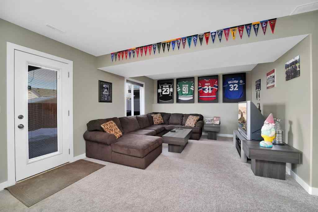 MLS® # A1054281 - 13 Portway Close  in Pinnacle Blackfalds, Residential Open Houses