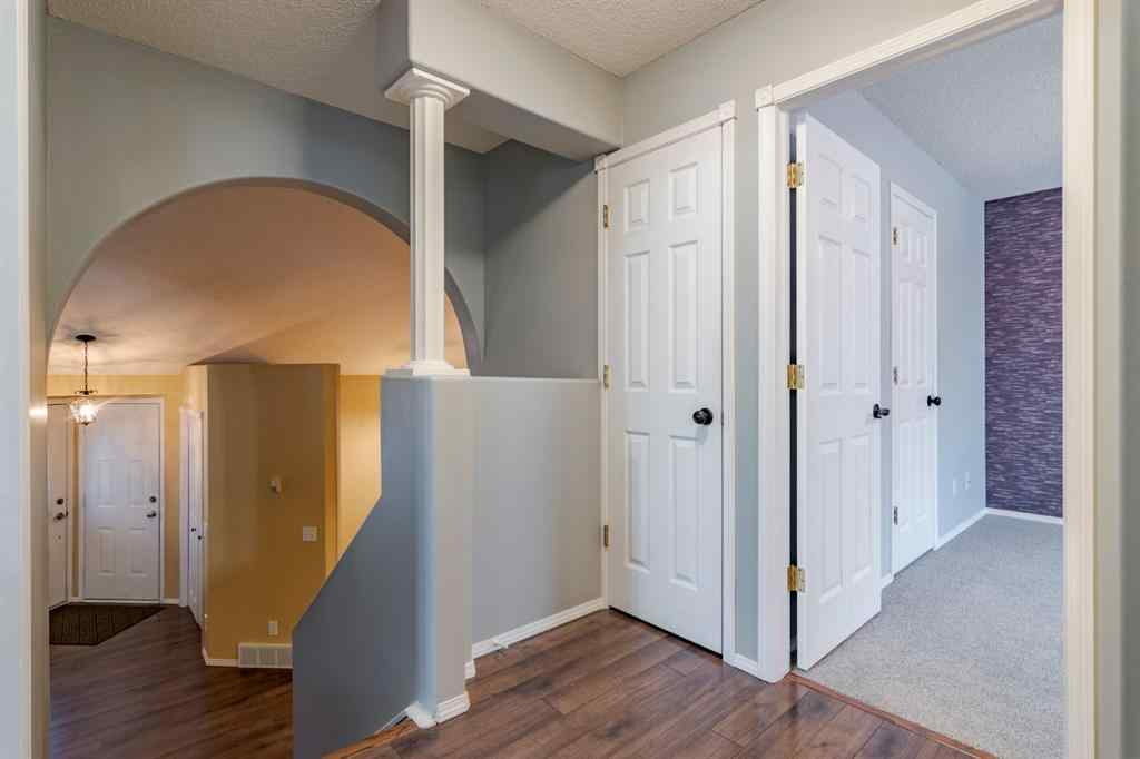 MLS® # A1054339 - 914 Allen Street SE in Airdrie Meadows Airdrie, Residential Open Houses