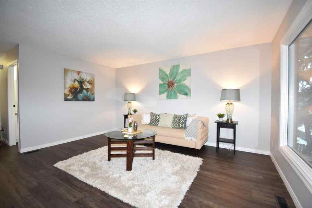 MLS® #A1054659 - 11427A 8 Street SW in Southwood Calgary, Residential Open Houses