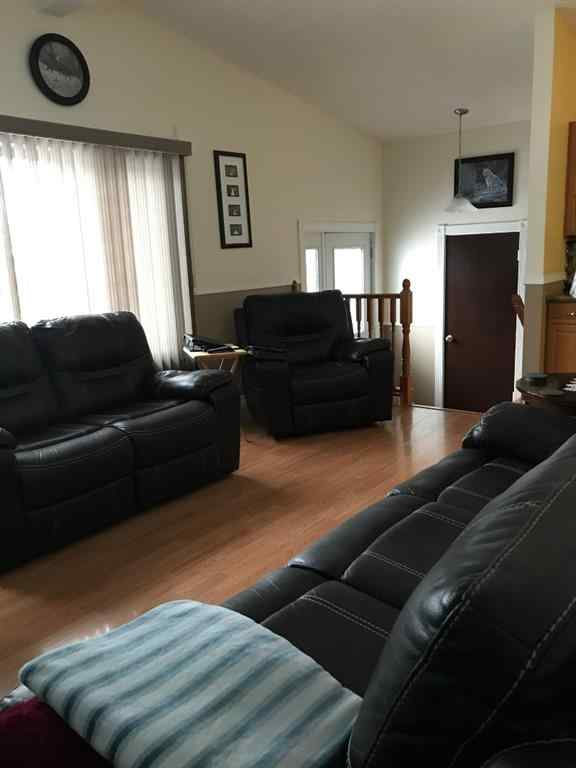 MLS® # A1054721 - 701 7 Avenue  in NONE Beaverlodge, Residential Open Houses