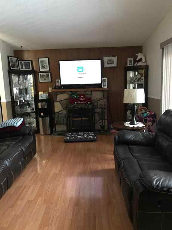 MLS® #A1054721 - 701 7 Avenue  in NONE Beaverlodge, Residential Open Houses