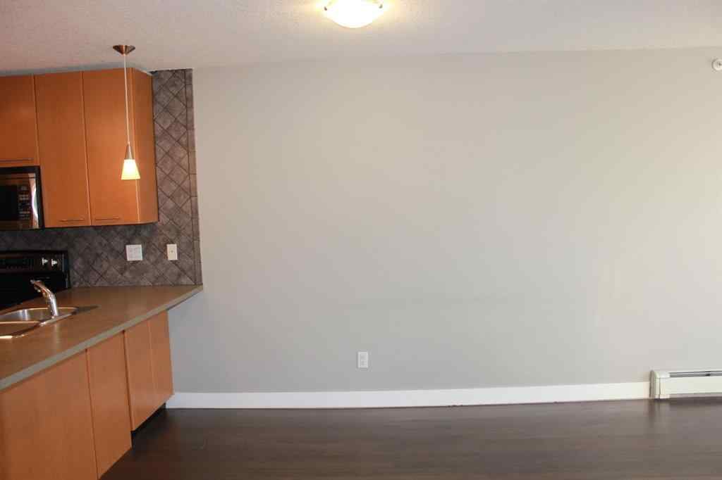 MLS® #A1056433 - Unit #426 35 Richard Court SW in Lincoln Park Calgary, Residential Open Houses