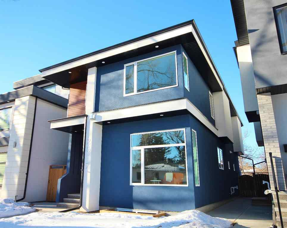 MLS® # A1056982 - 2517 18 Street NW in Capitol Hill Calgary, Residential Open Houses
