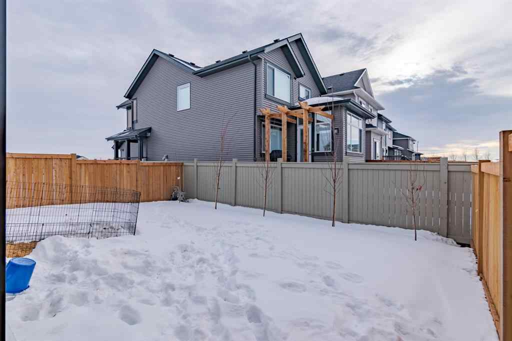 MLS® # A1057823 - 560 Kingsmeere Way SE in Kings Heights Airdrie, Residential Open Houses