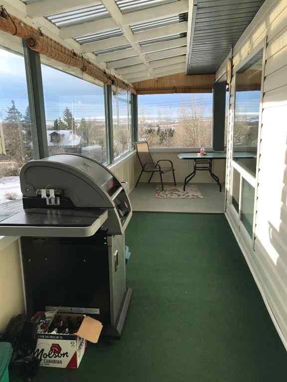 MLS® # A1057976 - 308/310 11 Avenue  in NONE Beaverlodge, Residential Open Houses