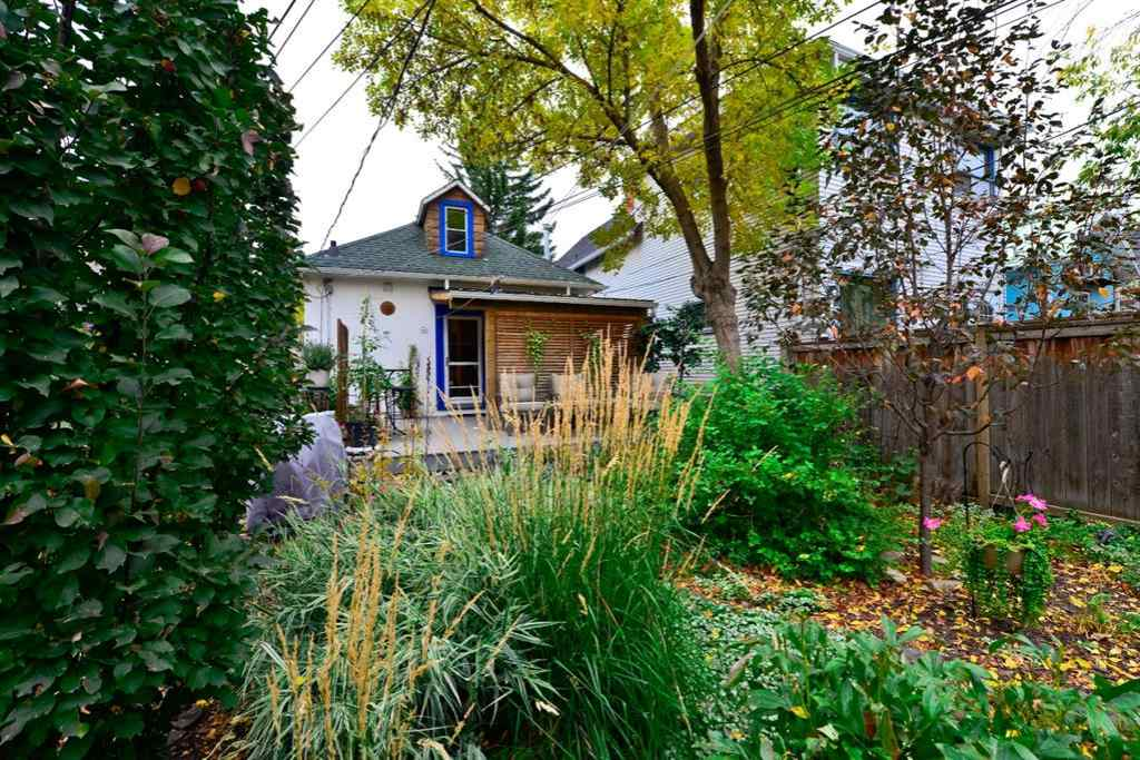 MLS® # A1058352 - 804 3 Avenue NW in Sunnyside Calgary, Residential Open Houses