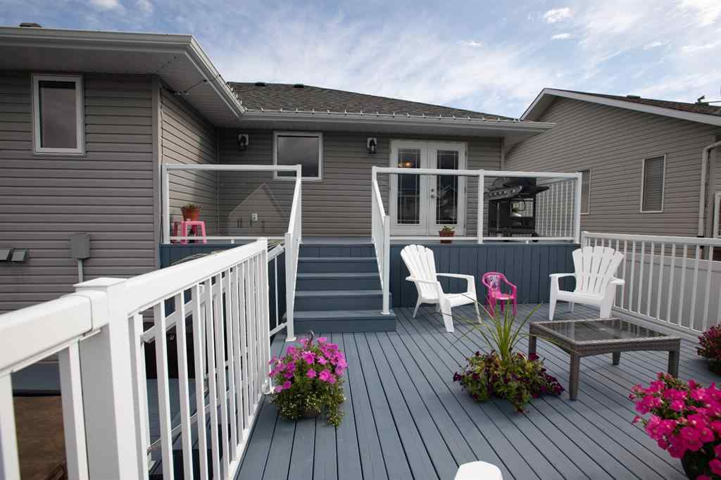 MLS® # A1058775 - 6806 38 Avenue  in Southwest Meadows Camrose, Residential Open Houses