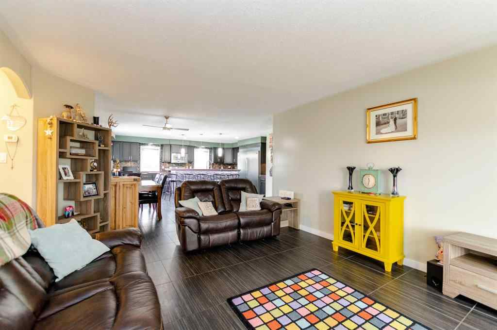 MLS® #A1058821 - 256 2 Avenue S in NONE Big Valley, Residential Open Houses