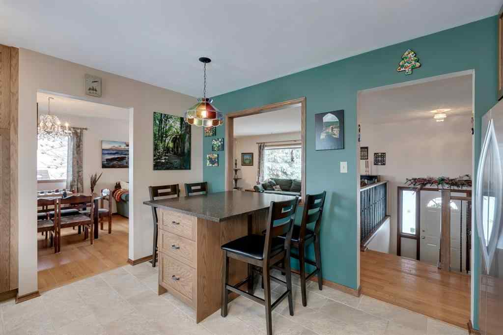 MLS® #A1059526 - 220 Hunterbrook Place NW in Huntington Hills Calgary, Residential Open Houses