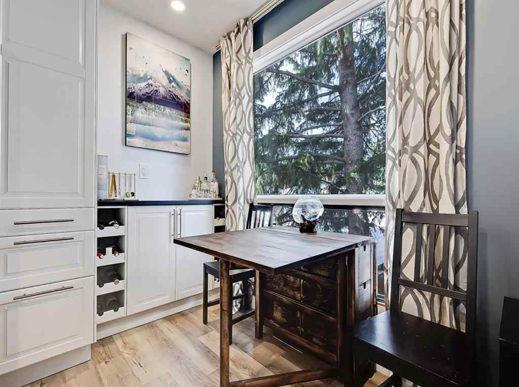 MLS® # A1060237 - Unit #3 128 10 Avenue NE in Crescent Heights Calgary, Residential Open Houses
