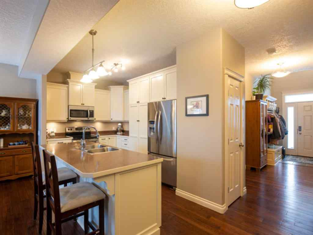 MLS® #A1061076 - 5501D Poplar Lane   in Athabasca Town Athabasca, Residential Open Houses