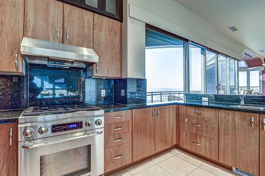 MLS® #A1061443 - Unit #2302 1088 6 Avenue SW in Downtown West End Calgary, Residential Open Houses