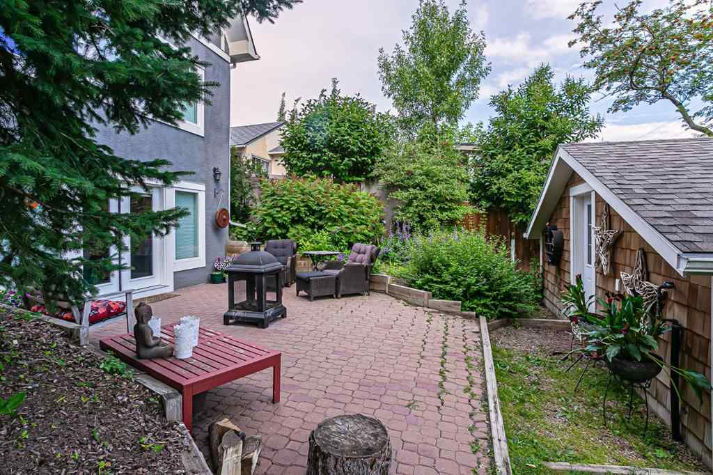 MLS® # A1061912 - 1610 Scotland Street SW in Scarboro Calgary, Residential Open Houses