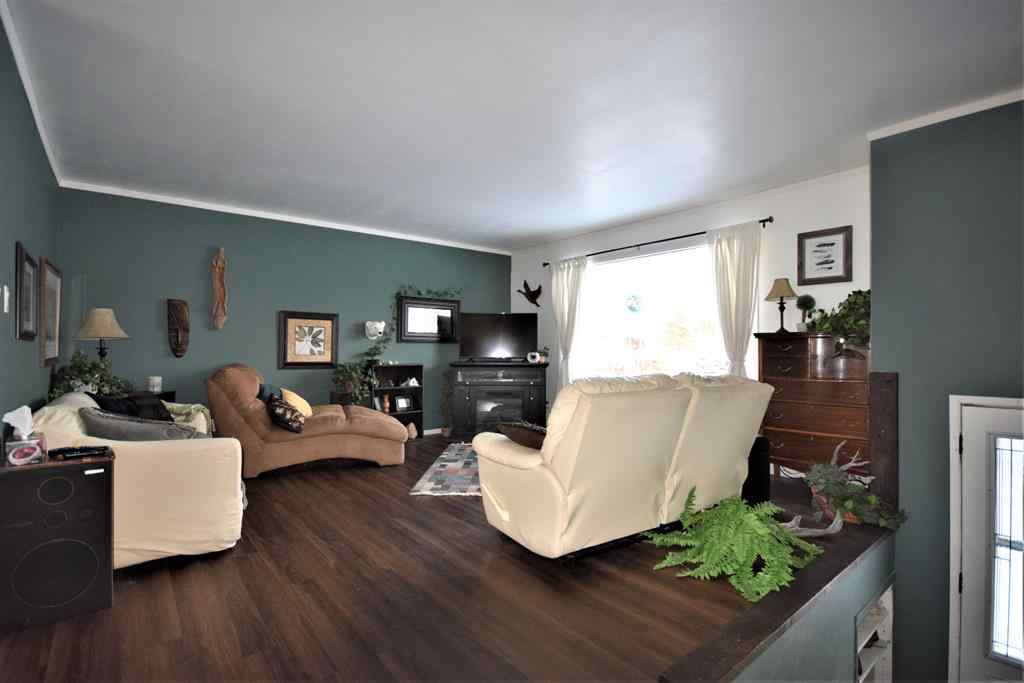 MLS® # A1063999 - 1113 6 Avenue W   in N/A Beaverlodge, Residential Open Houses