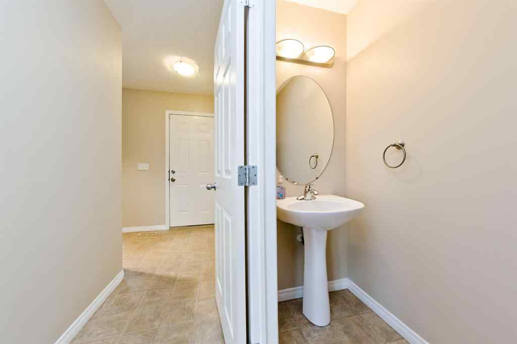 MLS® # A1064291 - 726 Luxstone Gate SW in Luxstone Airdrie, Residential Open Houses