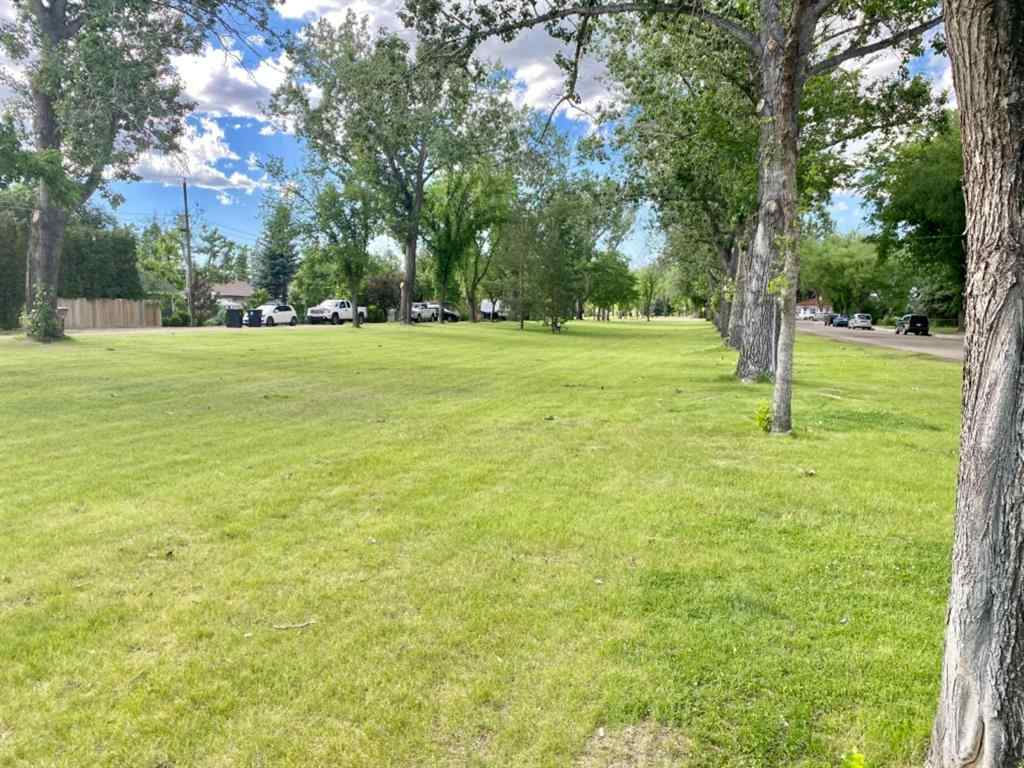 MLS® # A1064362 - 307 4 Street W in West End Brooks, Residential Open Houses