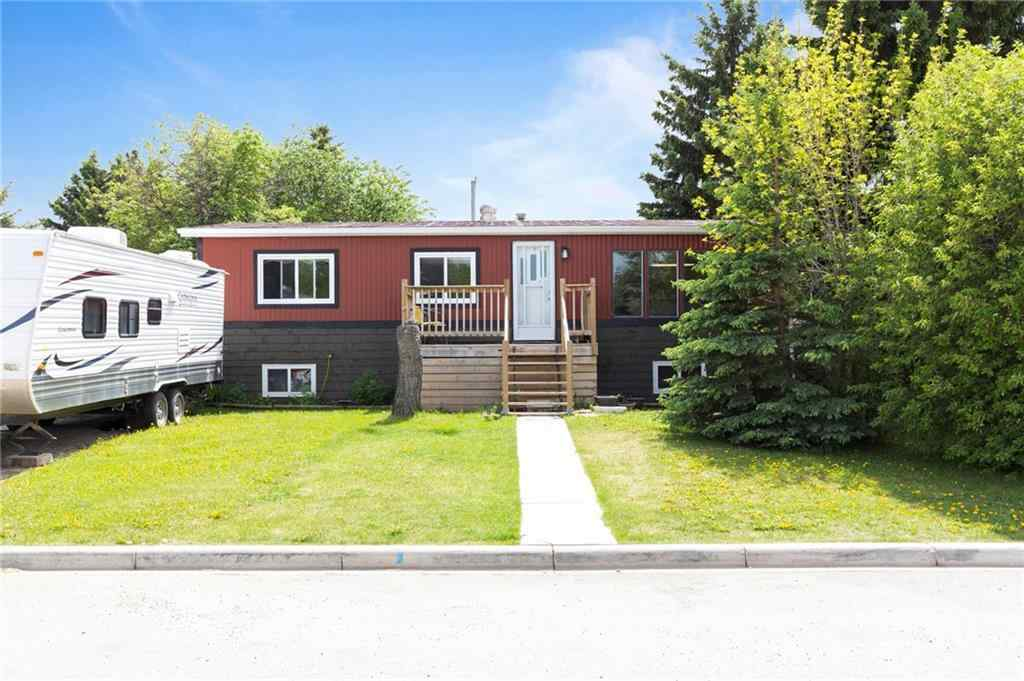 MLS® #A1065808 - 2031 22 Avenue  in NONE Bowden, Residential Open Houses